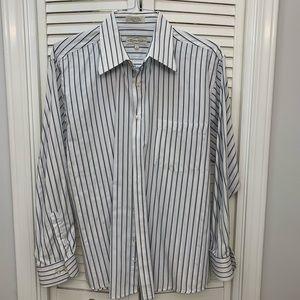 Classic Men's white with Blue stripe Dress Shirt